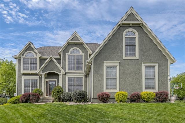 Amesbury Lake Brookhaven Real Estate Listings Main Image