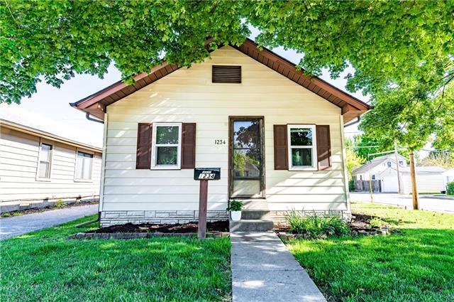 1234 E 23rd Avenue Property Photo - North Kansas City, MO real estate listing