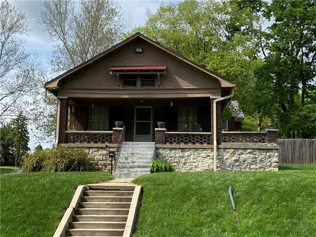 2230 Nebraska Avenue Property Photo 1
