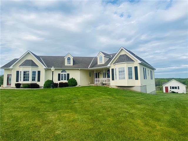 32870 210 Street Property Photo - Hamilton, MO real estate listing