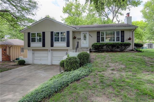 9432 Knox Drive Property Photo - Overland Park, KS real estate listing