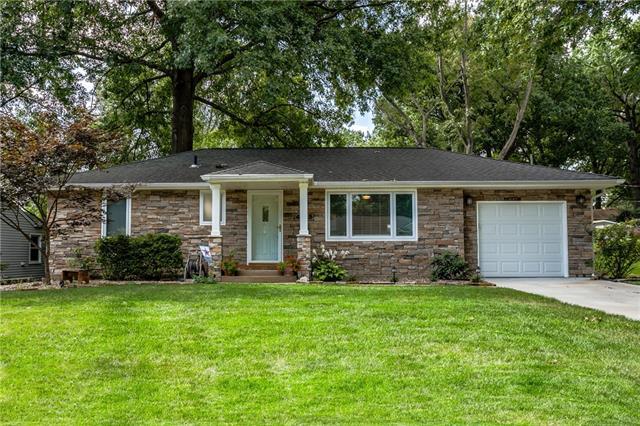 4725 W 61st Street Property Photo