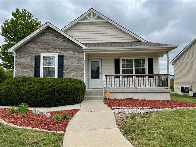14301 OVERHILL Avenue Property Photo - Grandview, MO real estate listing