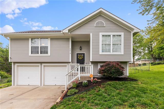 6614 Ne 48th Terrace Property Photo 1