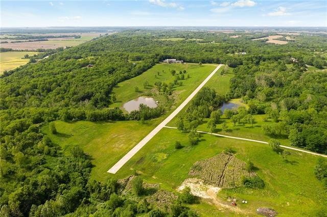 22350 Grass Pad Road Property Photo 2