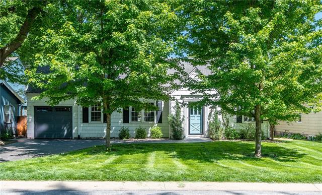 5639 Maple Street Property Photo - Mission, KS real estate listing