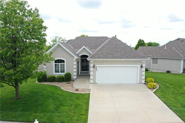 Barrington Ridge Real Estate Listings Main Image