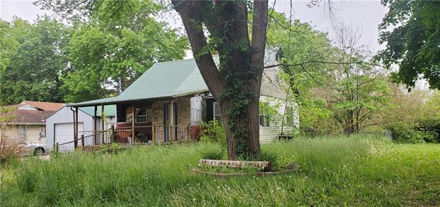 402 Smith Street Property Photo