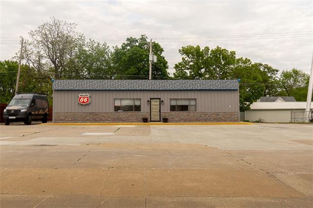 403 Main Street Property Photo