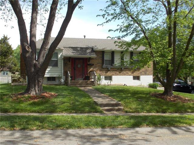 19910 E 14th Street Property Photo