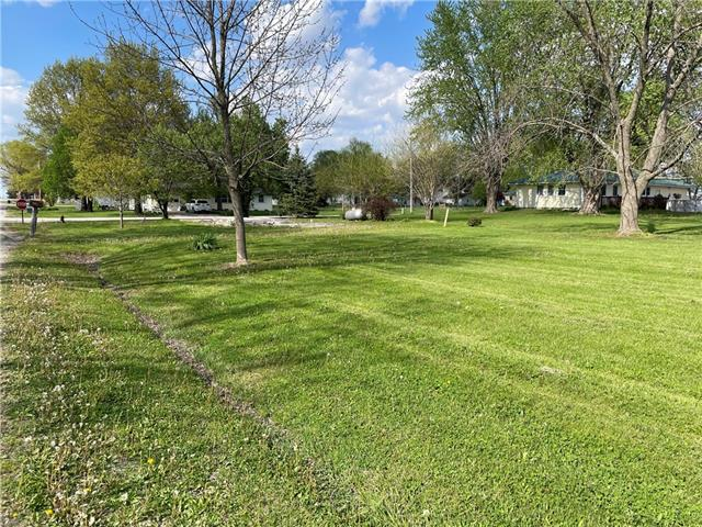 Edmond Street Property Photo - Jamesport, MO real estate listing