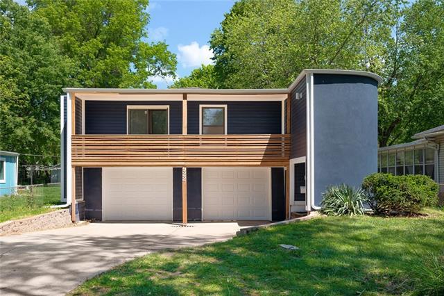 922 W 79th Street Property Photo - Kansas City, MO real estate listing