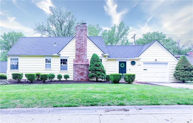 2609 W 50th Terrace Property Photo