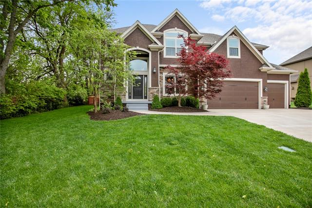 3213 SE 3rd Street Property Photo - Lee's Summit, MO real estate listing