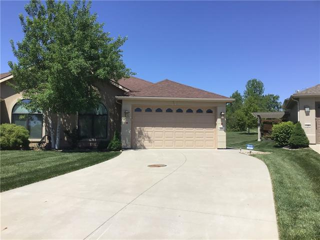 727 Coving Court Property Photo - Lawrence, KS real estate listing