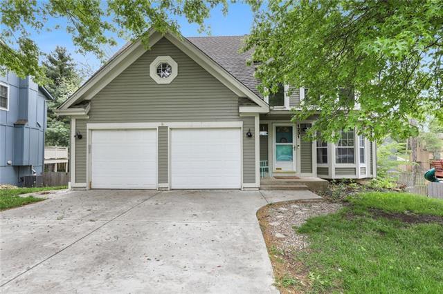 1231 N Marilla Lane Property Photo - Olathe, KS real estate listing