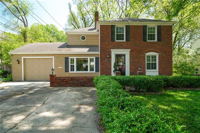 8101 Ward Parkway Plaza Property Photo - Kansas City, MO real estate listing