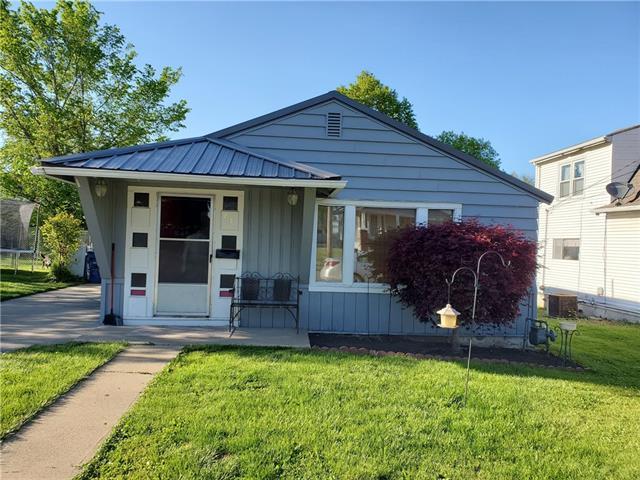 701 E 7th Street Property Photo