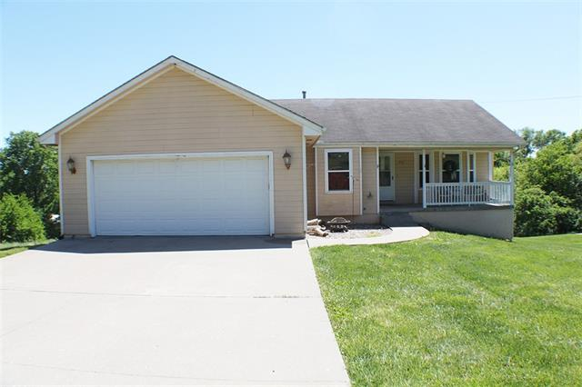 910 W Marlow Street Property Photo - Odessa, MO real estate listing