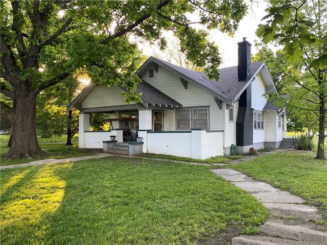 205 E Broad Street Property Photo - Pleasanton, KS real estate listing