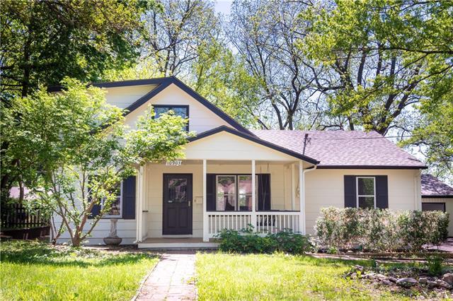 10903 W 59th Terrace Property Photo - Shawnee, KS real estate listing