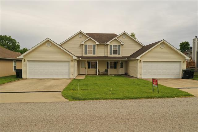 125 SE 1171 Road Property Photo - Knob Noster, MO real estate listing