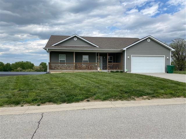 10229 Vineyard Court Property Photo - St Joseph, MO real estate listing