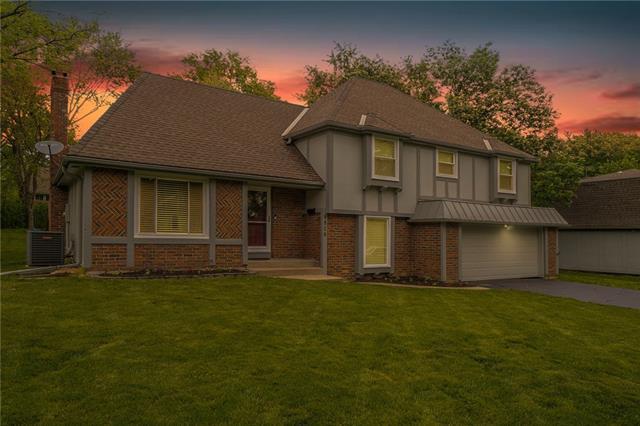 9806 W 105 Street Property Photo