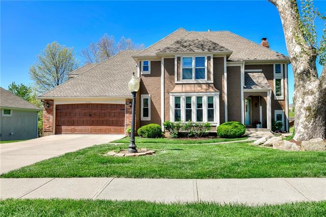 6724 N Quincy Circle Property Photo - Kansas City, MO real estate listing