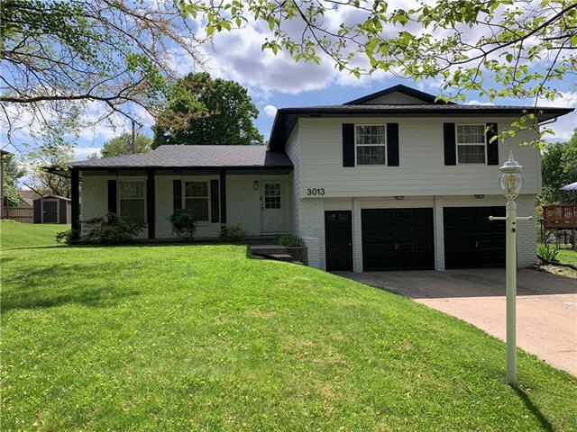 3013 Topeka Lane Property Photo