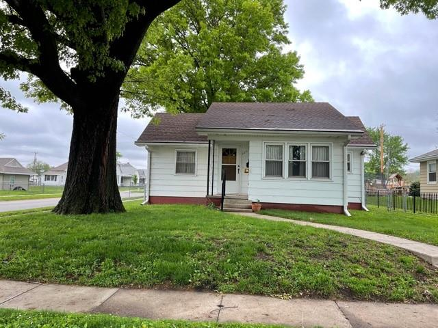 223 Fulkerson Street Property Photo - St Joseph, MO real estate listing