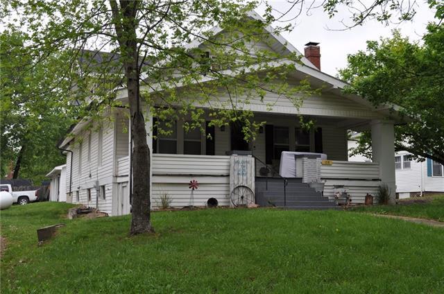 108 W Elms Street Property Photo