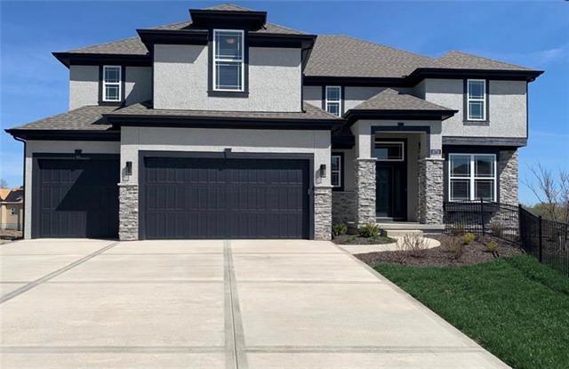 15413 W 166th Terrace Property Photo - Olathe, KS real estate listing