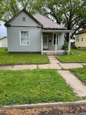 215 Virginia Street Property Photo - St Joseph, MO real estate listing