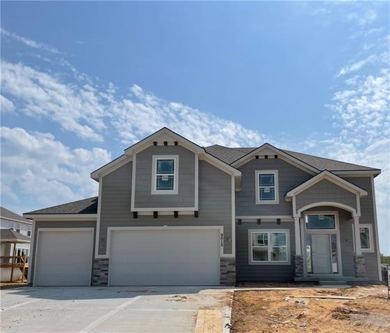 9515 N Lawn Avenue Property Photo