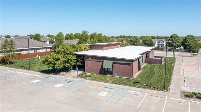 1010 Remington Plaza Drive Property Photo 4