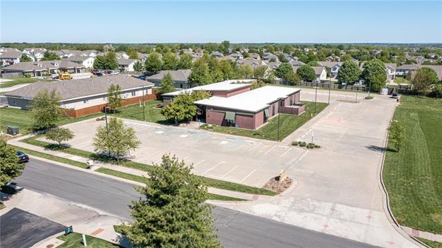 1010 Remington Plaza Drive Property Photo 5
