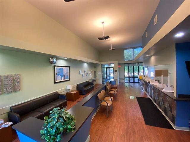 1010 Remington Plaza Drive Property Photo 15