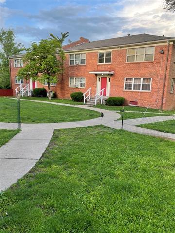 E 3000 49 Street Property Photo 1