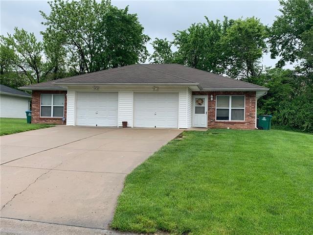 E 9030 85th Terrace Property Photo 1