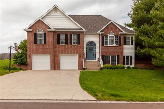 5304 Stoneridge Drive Property Photo