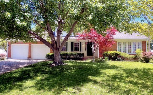 5033 Spring Street Property Photo