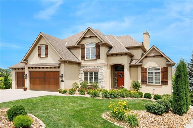 10255 N Kansas Avenue Property Photo 1