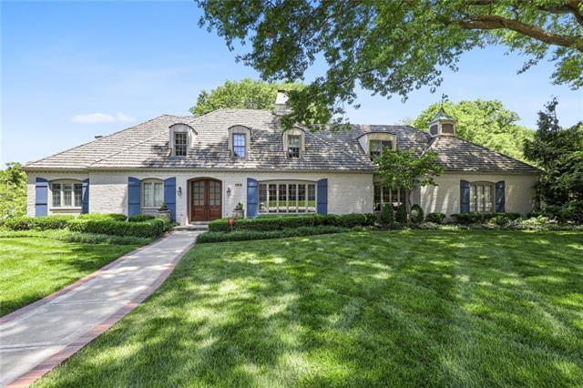 2816 W 66 Street Property Photo
