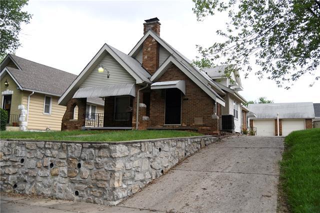 407 N Askew Avenue Property Photo