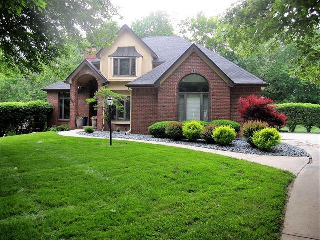 4601 N Lakewood Drive Property Photo 1