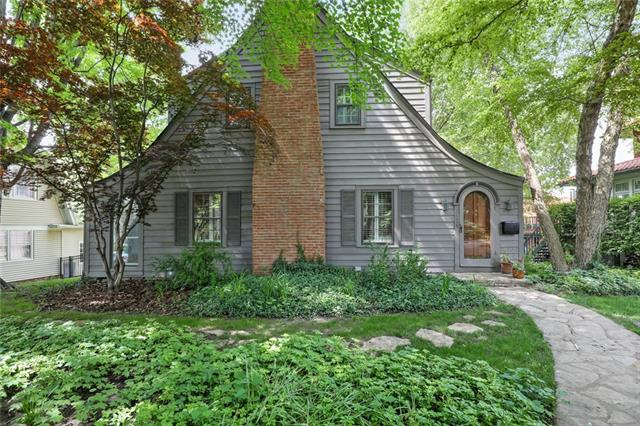 5526 Crestwood Drive Property Photo