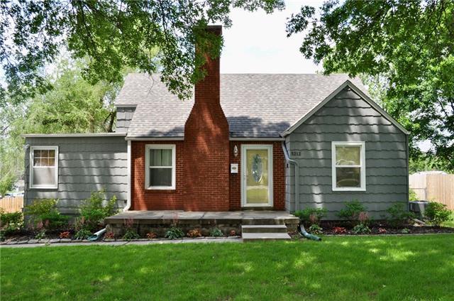 5212 N Spruce Avenue Property Photo