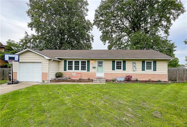 65340 Real Estate Listings Main Image
