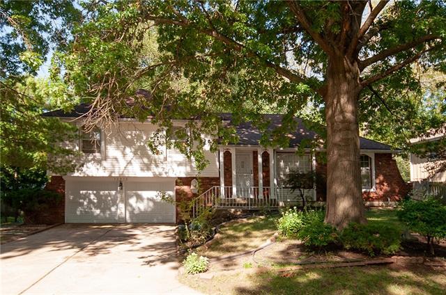 12812 Sycamore Avenue Property Photo